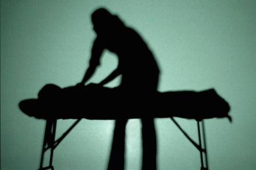 Cum rănesc articulațiile în timpul depresiei