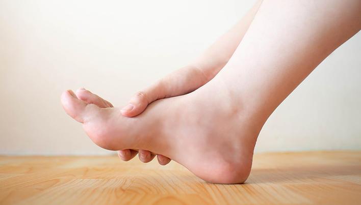 inflamația articulațiilor picioarelor provoacă tratament)