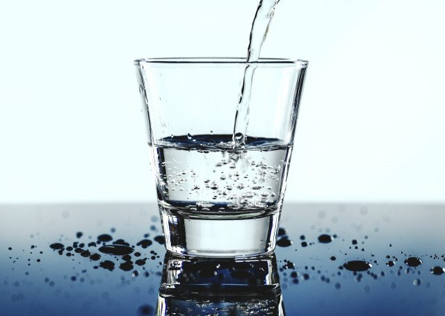 apă minerală pentru bolile articulare)