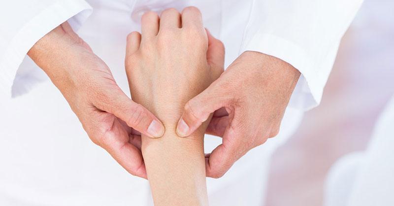 artrite reumatoide medicamente de mână
