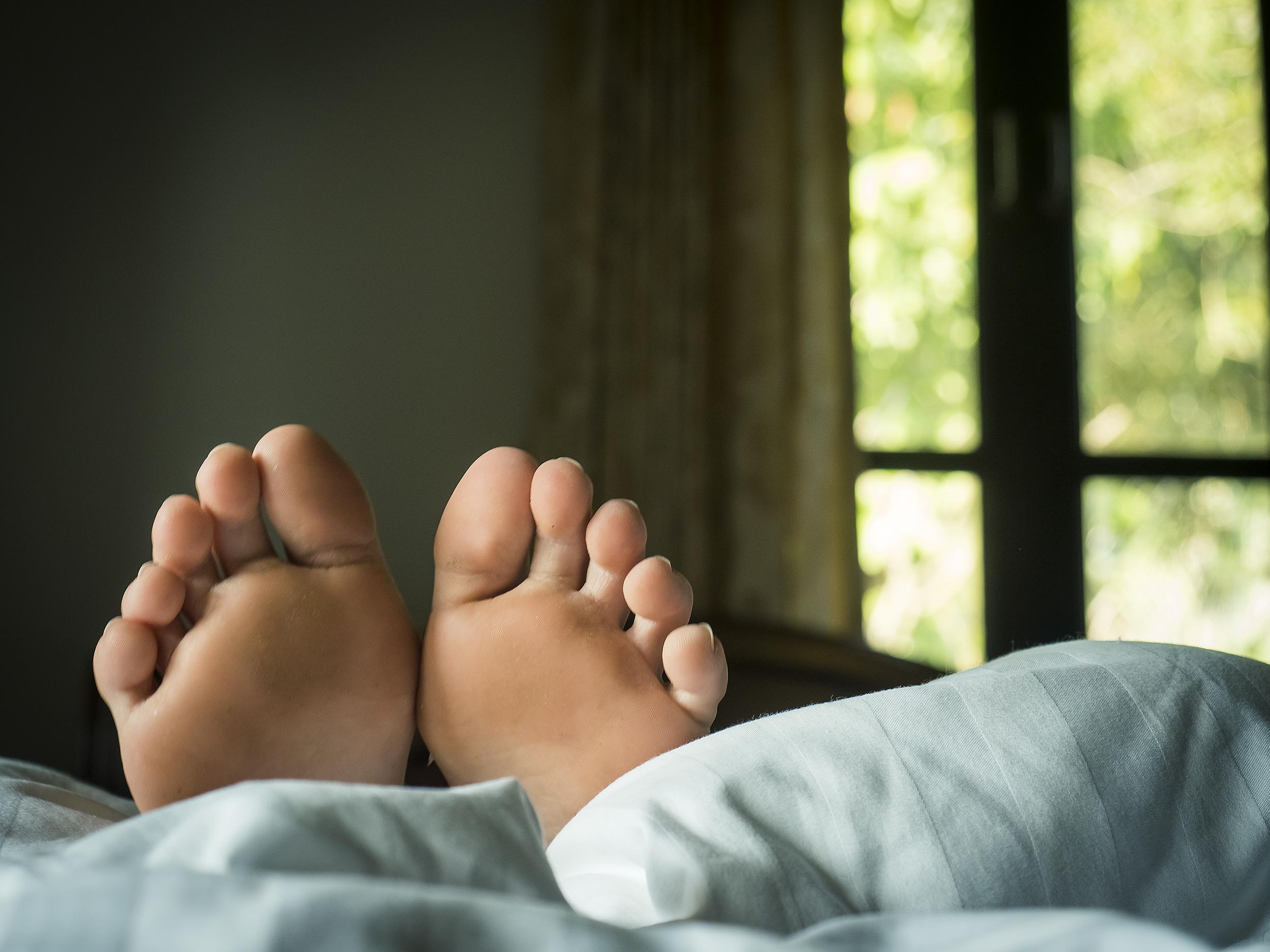 piciorul umflat și îmbolnăvit)
