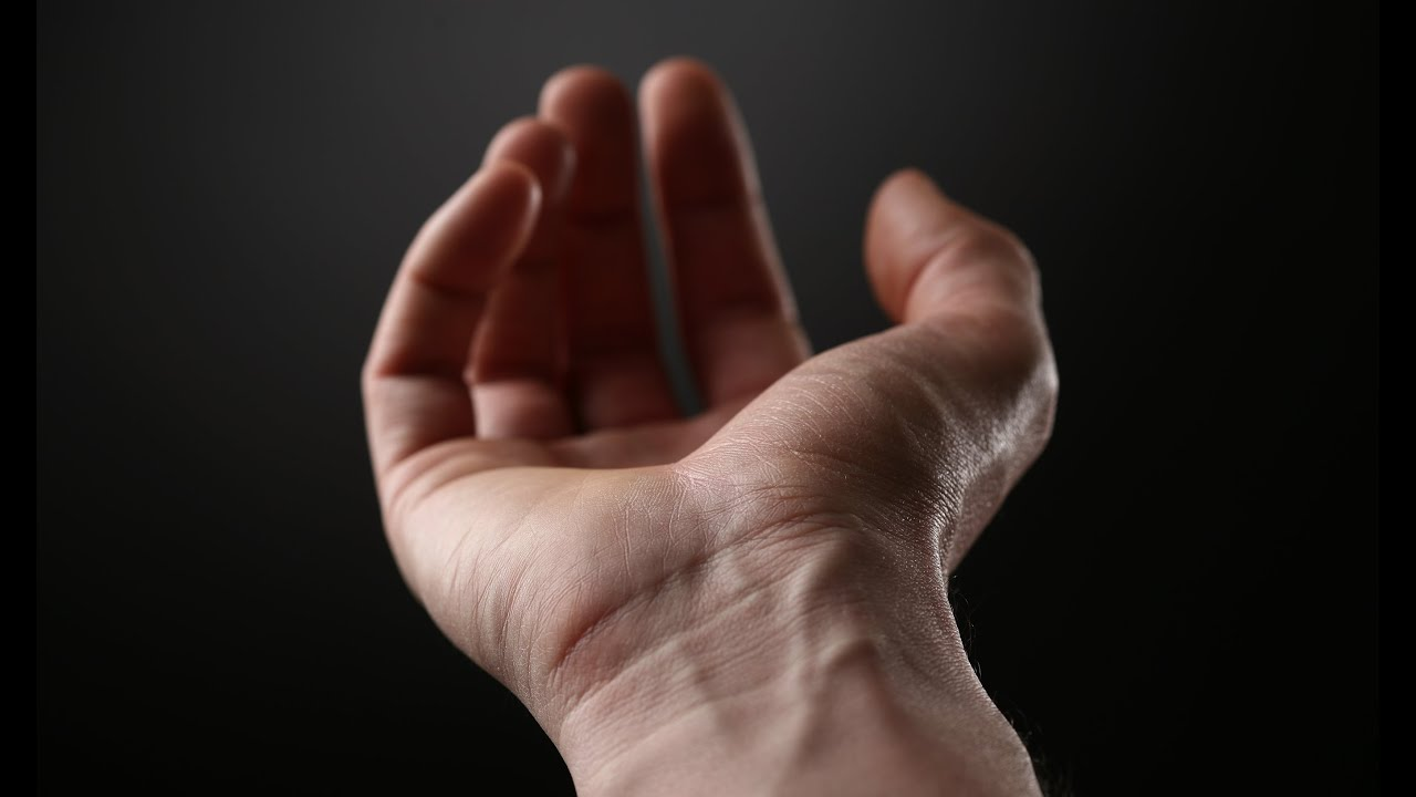 încheieturile articulațiilor la mâini și doare)