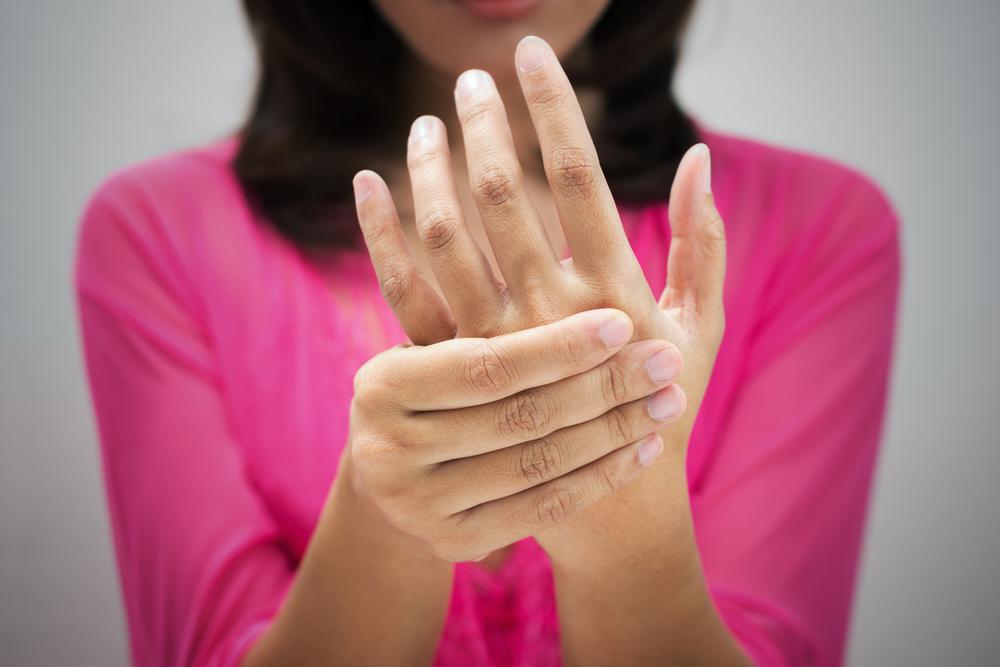 amorțeală mâinii și dureri articulare