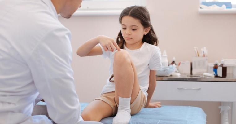 copil 3 ani de dureri articulare 8in1 cumpără glucozamină cu condroitină