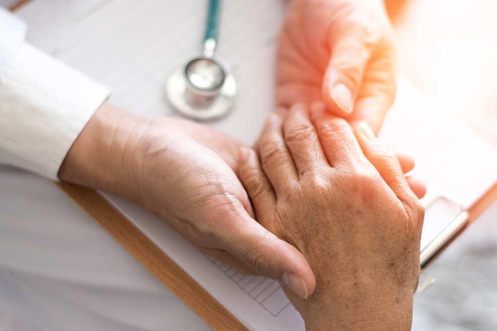 artrita infecțioasă a tratamentului degetelor mari)