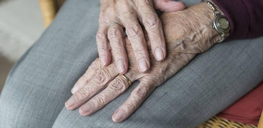 diferă artrita de tratamentul artrozei