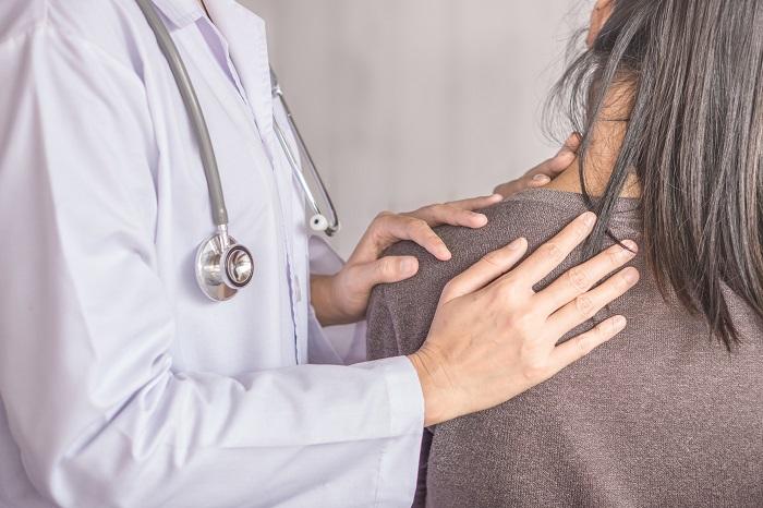 dureri musculare la nivelul umerilor cum pot ameliora durerile articulare după o fractură