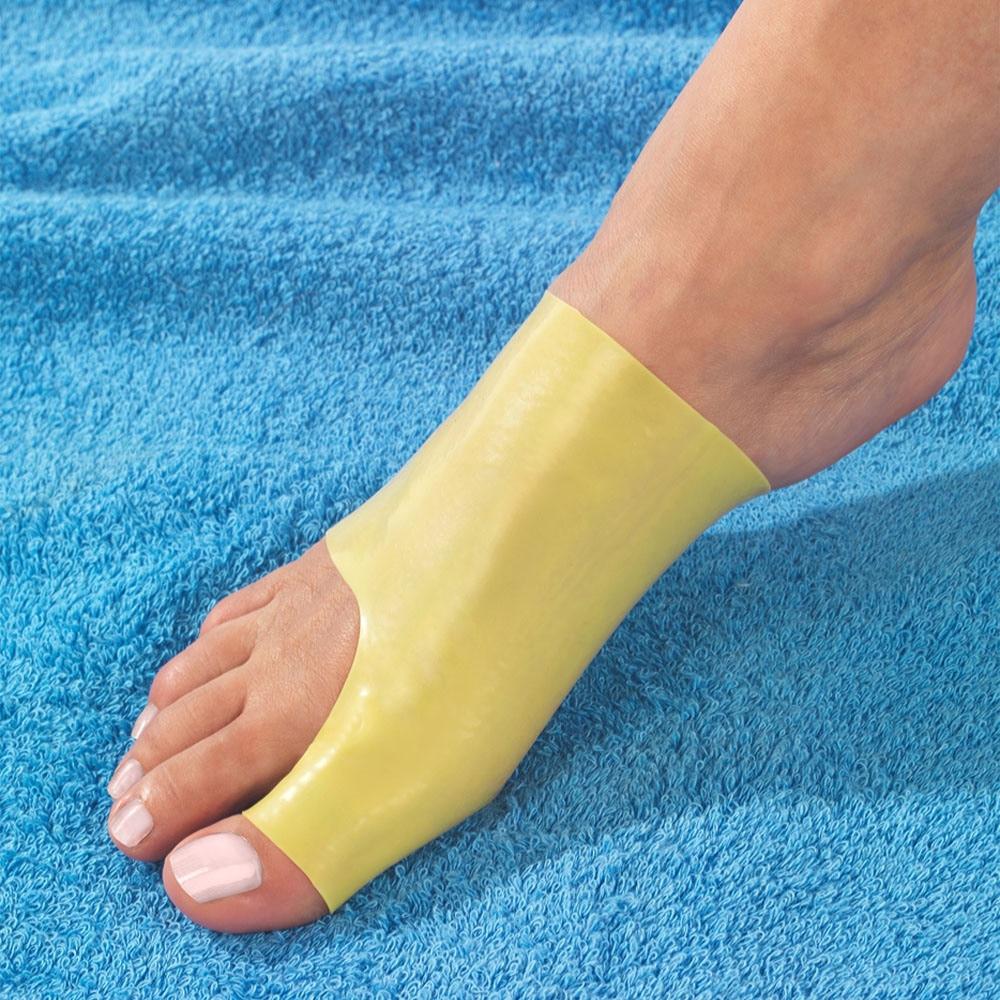 articulația degetului mare al piciorului stâng)