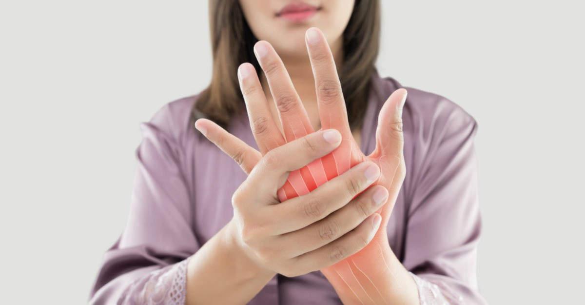 dacă articulația șoldului doare la mers tratamentul durerii articulare pentru degetul mare