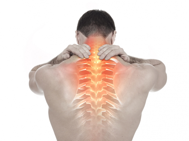 articulațiile rănesc capul să se întoarcă